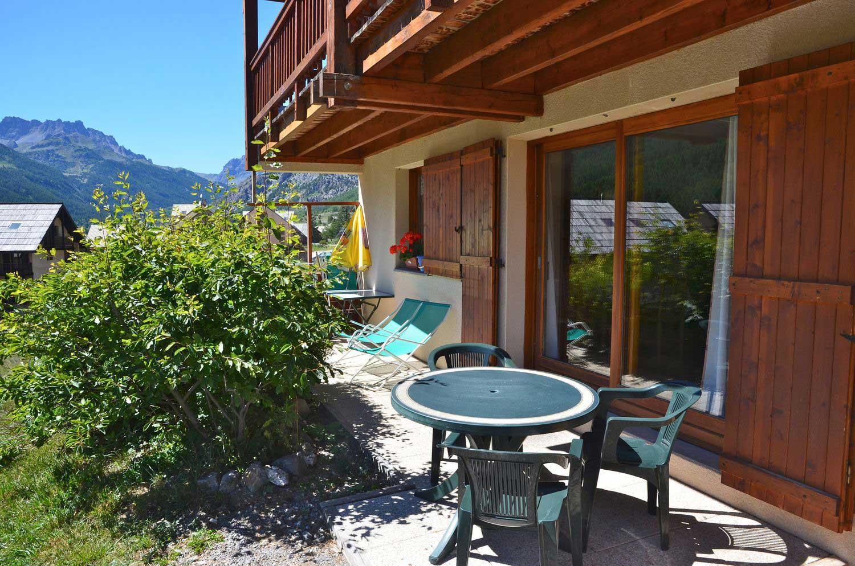 location-appartement-meuble-echaillon-renoncule-terrasse-soleil