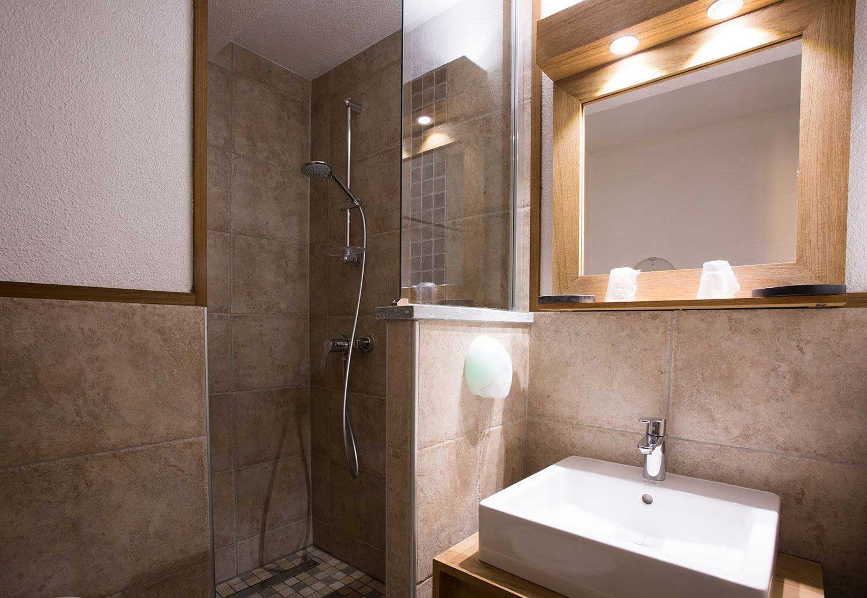 hotel-echaillon-salle-de-bain