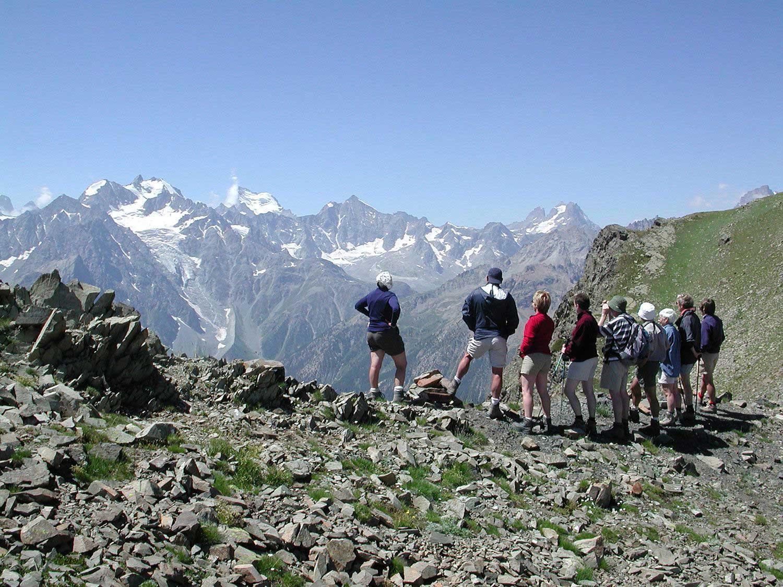 claree-chardonnet-randonneurs-panorama-ecrins