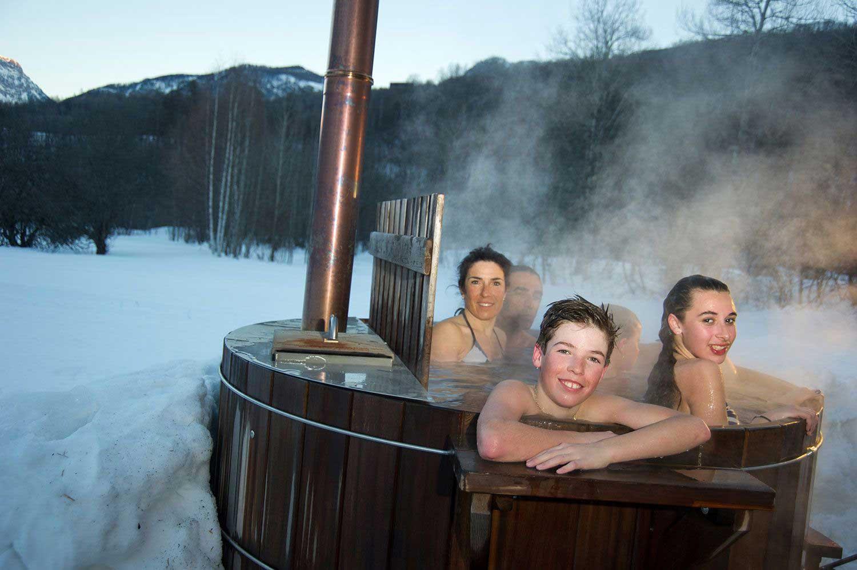 bain-chaud-en-exterieur-a-l-echaillon