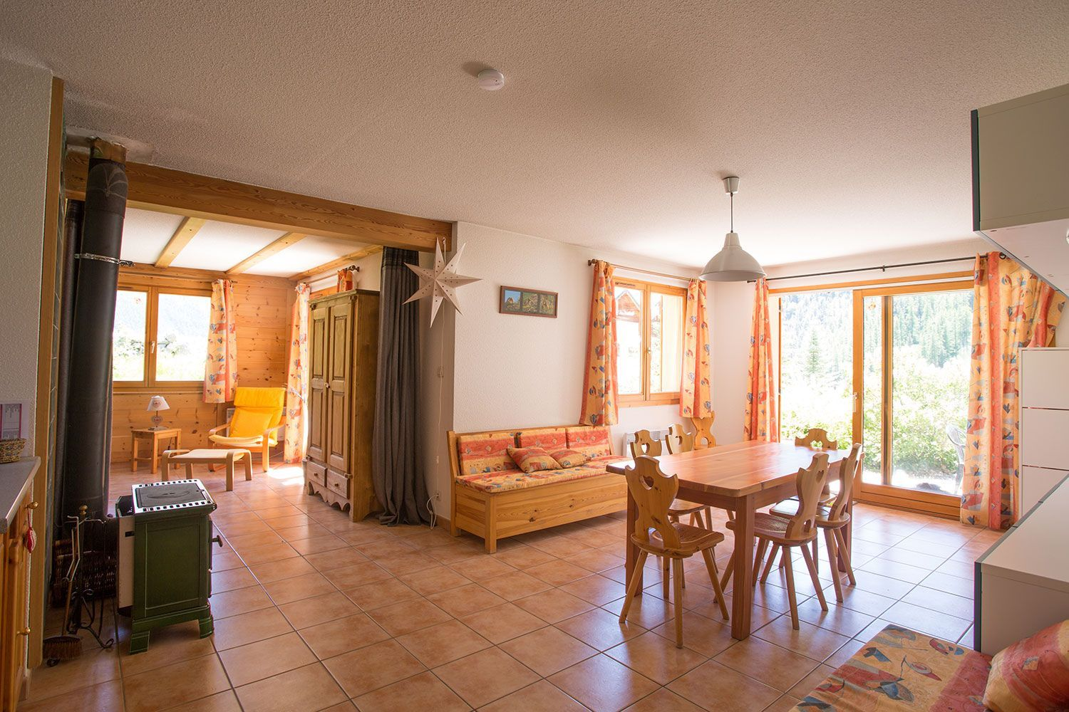 location-chalet-meuble-claree-nevache-piece